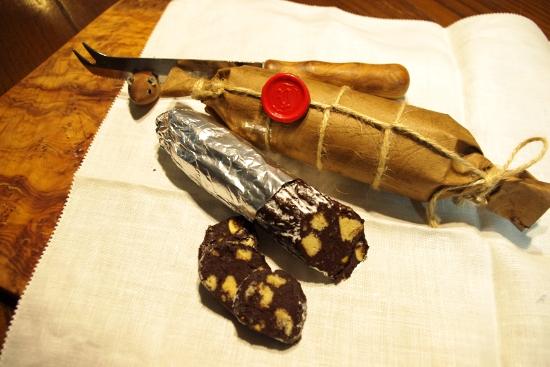 Salame di cioccolatoサラーメディチョッコラート