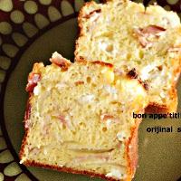 ベーコンとクリームチーズと玉ねぎのケークサレ