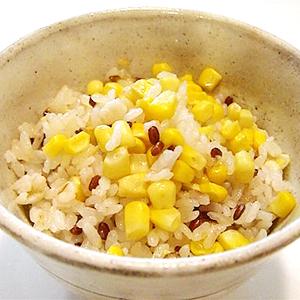 赤米ととうもろこしのご飯