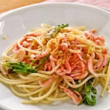 釜揚げさくらえびとたらの芽のスパゲッティーニ
