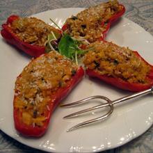Peperoni ripieni con il tonno~赤ピーマンとマグロのグリル~