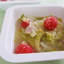 春キャベツとプチトマトの優しいスープ