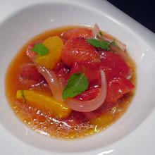 イチゴとトマトのマリネサラダ