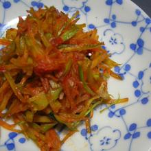 ブロッコリーの茎の辛みそ炒め