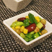 豆とトウモロコシのサラダ