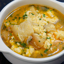 温まって元気になるにんにくのスープ(ソパ・デ・アホ)