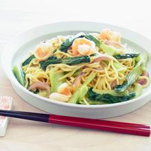 青梗菜と海老の胡麻だれ和え麺