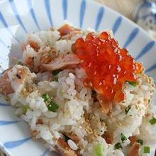 秋鮭とイクラのさっぱり親子寿司