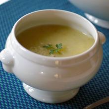 カリフラワーとパンチェッタのスープ