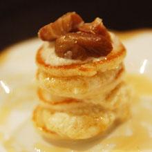 そば粉のミニパンケーキ 栗と蜂蜜のクリーム