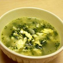 パセリとにんにくの卵スープ