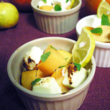 太秋柿とクリームチーズのオーブン焼き かぼすとミントの香り