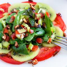 キウイのリフレッシュサラダ