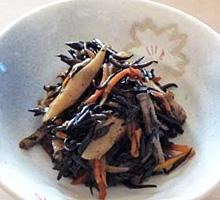 筍入りひじきの炒め煮