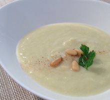 白菜と松の実のポタージュ