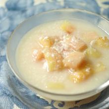 桃と甘酒のデザートスープ