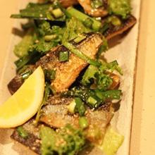秋刀魚のニラ醤油あえサラダ
