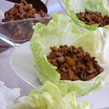 肉味噌のレタス包み