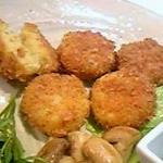 さつま芋の玄米フレークコロッケ