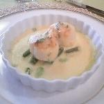ウニと夏野菜のオランデーズソース・グラタン仕立