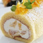 甘夏ヨーグルトクリームのロールケーキ